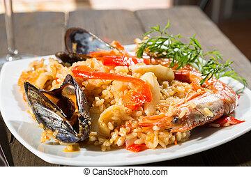 valenciana, paella