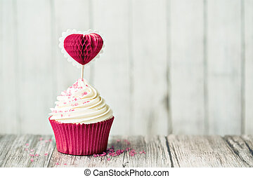Valentine cupcake - Cupcake decorated with a heart shaped ...