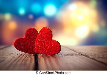 valentines nap, piros szív, képben látható, erdő, háttér