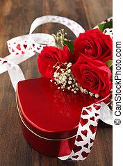 valentines, scatola regalo, e, mazzolino rose