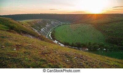 vallée, coucher soleil, pittoresque