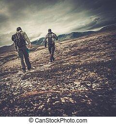 valle, escursionisti, due, camminare