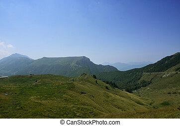 valle, montagna