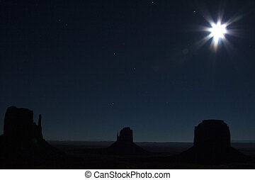 valle monumento, notte