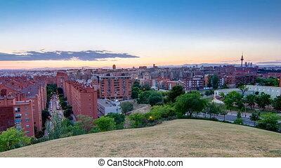 vallecas-neighborhood, Hügel,  madrid, panoramisch, foto,  Timelapse,  Park,  tio,  pio, Nacht, genommen, Spanien, Tag, Ansicht