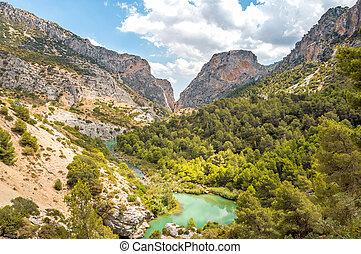 Valley in Caminto del Rey