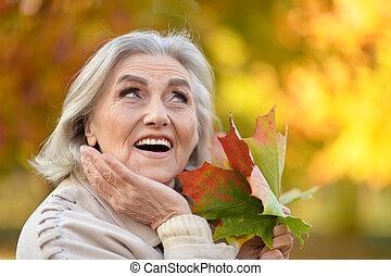 valor en cartera de mujer, otoño sale