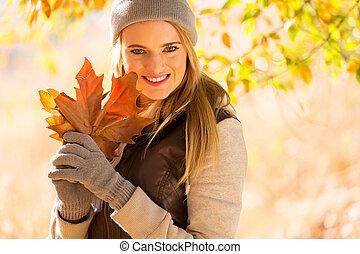 valor en cartera de mujer, ramo, otoño sale