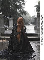 vampiro, oscuridad, belleza, debajo, lluvia, pelo rojo, mujer, con, largo, abrigo negro