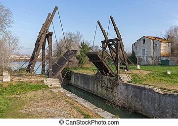 Van Gogh Draw Bridge