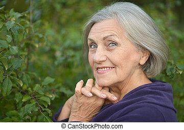 vandrande, kvinna, äldre