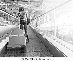 vandrande, kvinna, synhåll, baksida, resväska