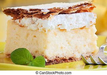 Vanilla creamy cake - vanilla and custard cream cake dessert