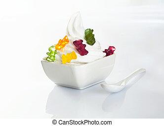 Vanilla icecream with gummy bears