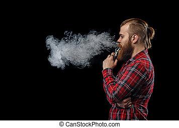 vaping, ember, birtok, egy, mod., egy, felhő, közül, vapor., fekete, háttér., műterem, shooting.