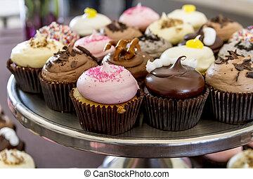 variado, sabores, de, cupcake, en la exhibición
