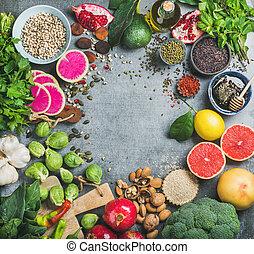 variedad de verduras, fruta, semillas, cereales, frijoles,...