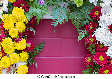 vario, fiori, su, il, rosa, parete, con, copyspace, medio