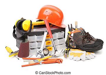 Varios working equipment.