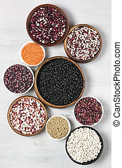 Various beans in bowls - Set of various beans in bowls:...