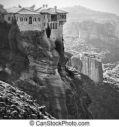 Varlaam Monastery and Roussanou Nunnery in Meteora