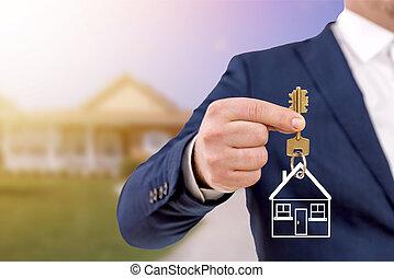 vastgoed agent, vasthouden, sleutels, voor, een, mooi, nieuw, home.
