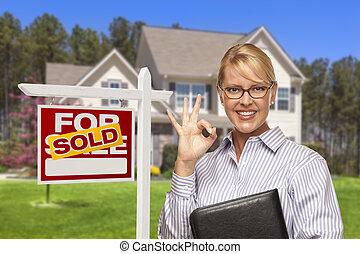 vastgoed agent, voor, sold tekenen, en, woning