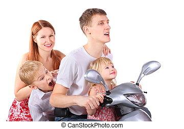 vater, mutter, und, zwei kinder, gleichfalls, sitzen, auf, motorcycle., isolated., frau, gesicht, in, heraus, von, fokus.