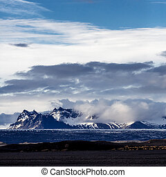 Vatnajokull glacier, Iceland - Vatnajokull glacier in...