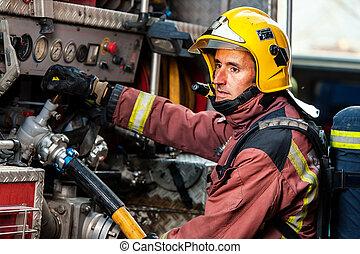 vatten påtryckning, truck., kontrollerande, brandman