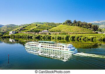 vaya barco, en, peso, da, regua, douro, valle, portugal