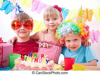 večírek k narozeninám