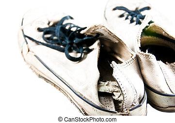 vecchie scarpe tennis