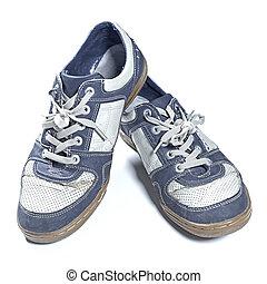 vecchie scarpe tennis, portato fuori