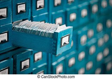 vecchio, aperto, riferimento, drawer., biblioteca, o, catalogo, archivio, scheda
