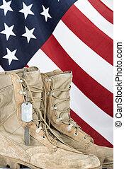 vecchio, combattimento, etichette, cane, stivali, bandiera, americano
