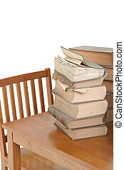 vecchio, libri legge, su, tavola