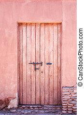 vecchio, porta rossa