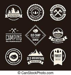 vecteur, montagne, ensemble, camping, randonnée, aventures, labels., extérieur, tourisme, logo.