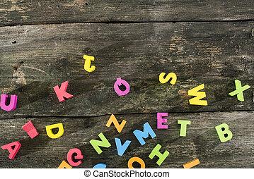 veelkleurig, houten, brieven, op, ouderwetse , plank