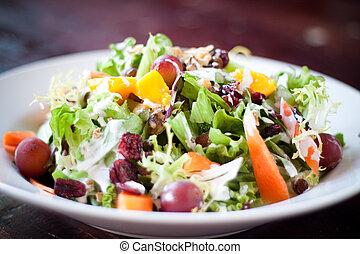 veenbes, waldorf salade