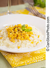 Vegan risotto with baked corn