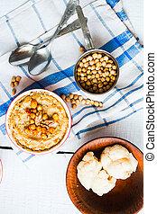 vegan, vegetal, casserole, com, cogumelos, chickpeas, e, nozes, vista superior