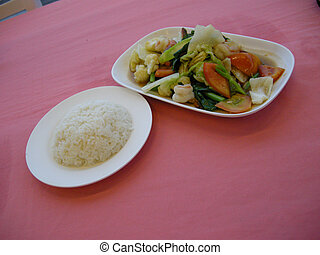 Vegetable dish - A well presented dish at this sea side ...