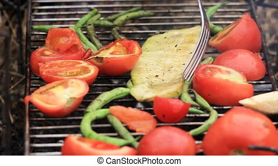 vegetables fried on a grill