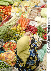 vegetal, market., musulmán, mujer, venta, verduras frescas,...