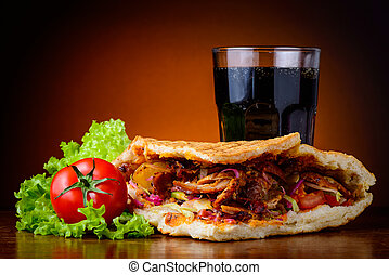 vegetales, kebab, bebida, cola