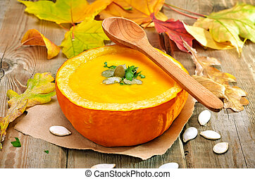 Vegetarian pumpkin cream soup - Vegetarian cream soup in...