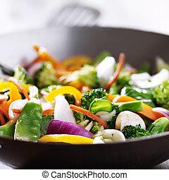 vegetariano, cima, wok, fim, fritar, movimento