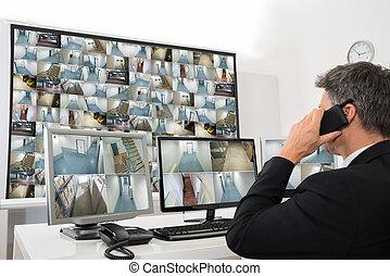 veiligheidssysteem, anwender, kijken naar, cctv film